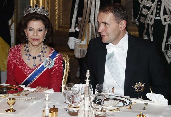 Princess Sofia wore a gown from AW07 collection of Ida Sjöstedt. Princess Sofia wearing an Ida Sjöstedt gown. Queen Silvia red lace dress, diamond tiara
