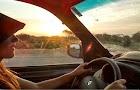 """Mayi Rizo recorre Latinoamérica en su Renault Kangoo fomentando su proyecto """"Viajando por la educación"""""""
