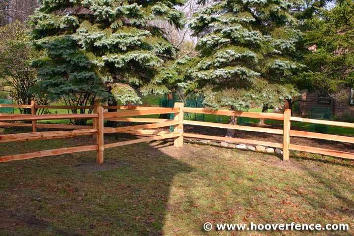 picture of fence idea for small dog