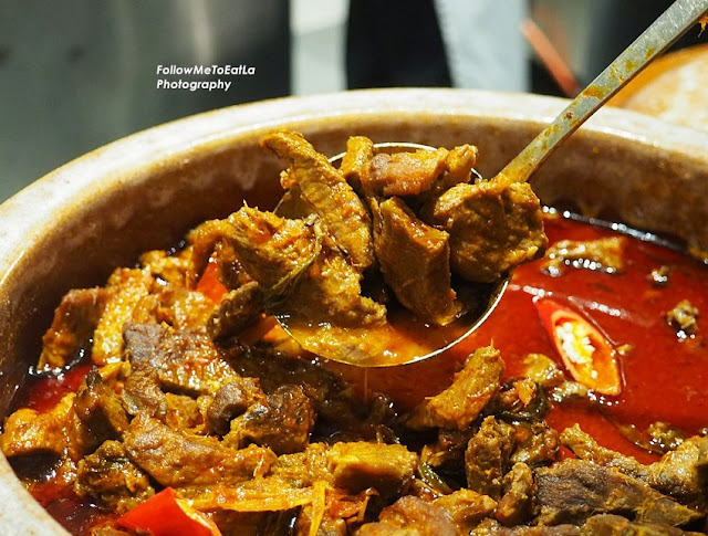 Rendang Pipi Lembu  (Braised Beef Cheeks with Malay Herbs and Dried Coconut Paste)