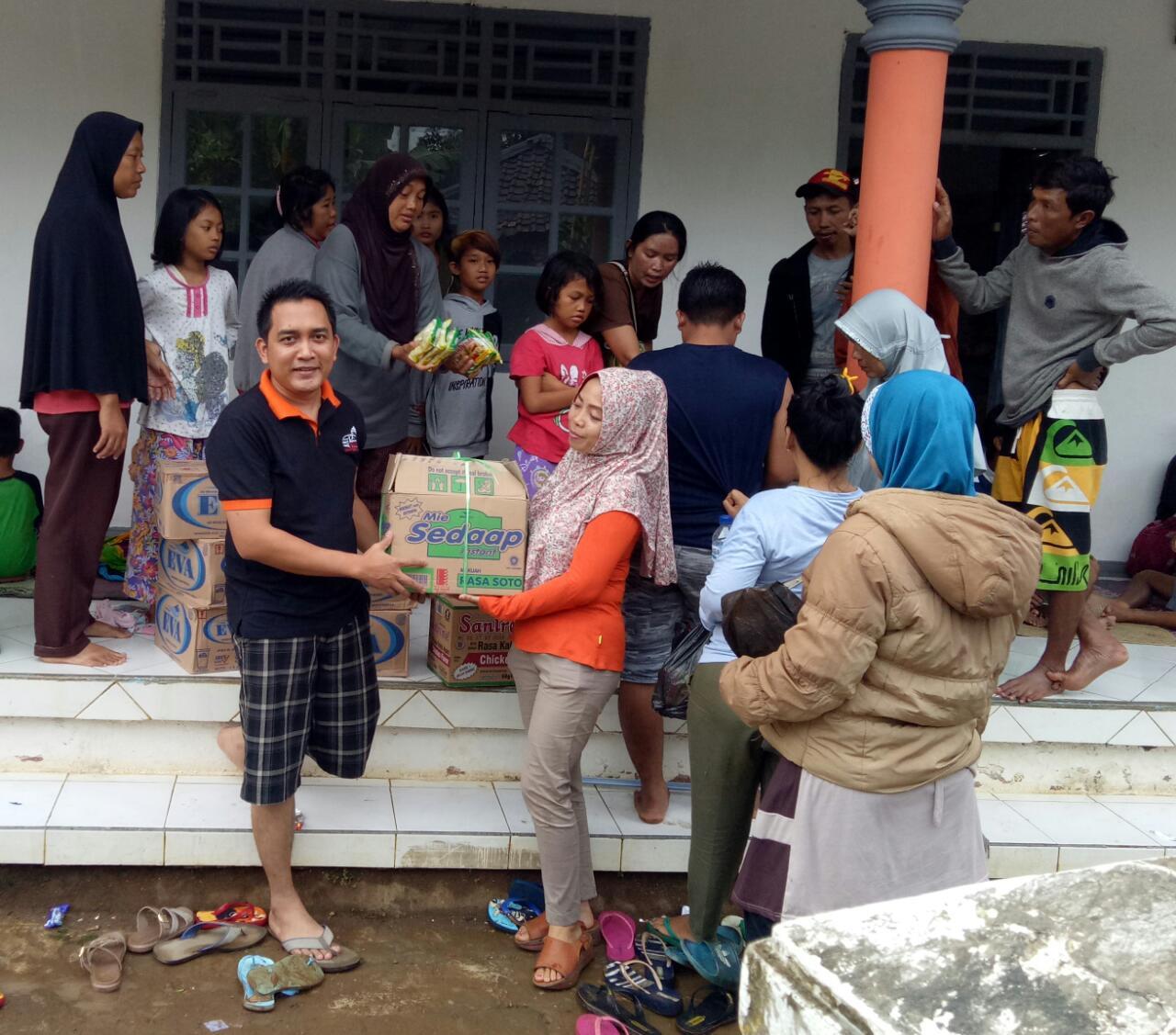 Tak Disiarkan Media, Begini Kelakuan Pendukung Prabowo Kepada Korban Tsunami Selat Sunda