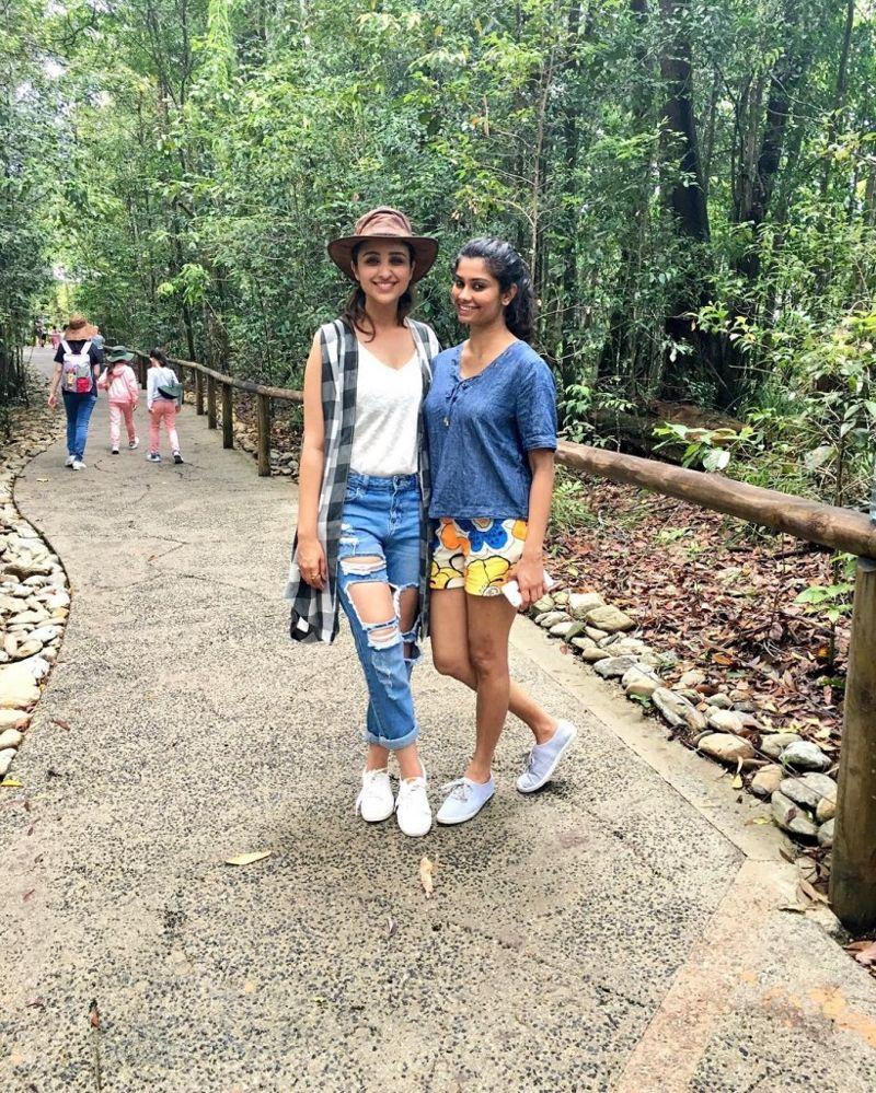 Kohinoor Indian Fashion N Beauty Brisbane: See How Parinneti Chopra Enjoying Her Holiday's In