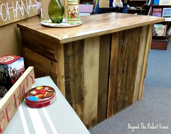 Rustic, pallet wood, salvaged, bar, coffee station, counter, kitchen barnwood, slavaged, http://bec4-beyondthepicketfence.blogspot.com/2016/05/rustic-reclaimed-bar.html