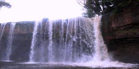 Air Terjun Riam Merasap Bengkayang