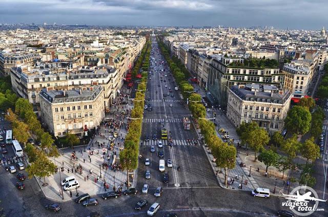 Arco del triunfo de París - Campos Elíseos
