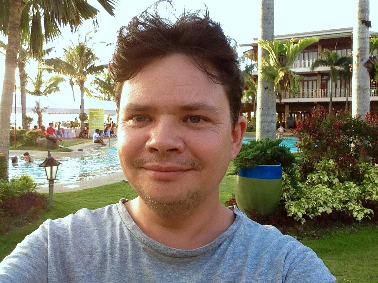 Tomasz Dobrowolski autor artykułów Poszukując Raju