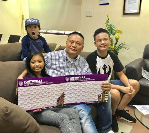 Presenting, The Happy Family Of Andrew E! You'll Surely Envy Their Bonding Moments!