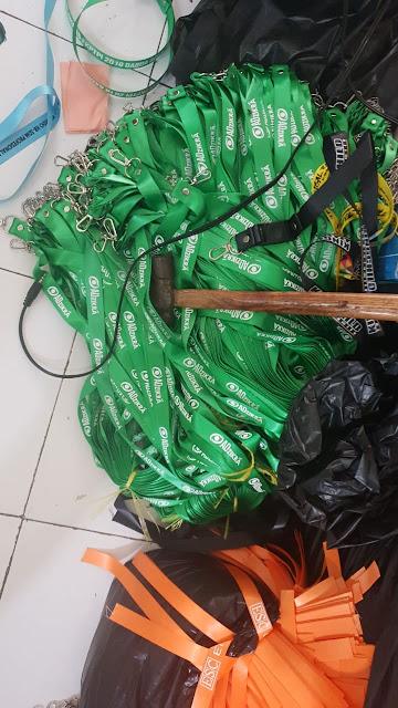 Pusat pembuatan tali lanyard di Bandung