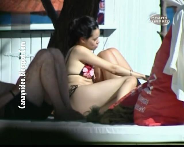 Pazar Sürprizi Show Tv Özgü Namal Bikini