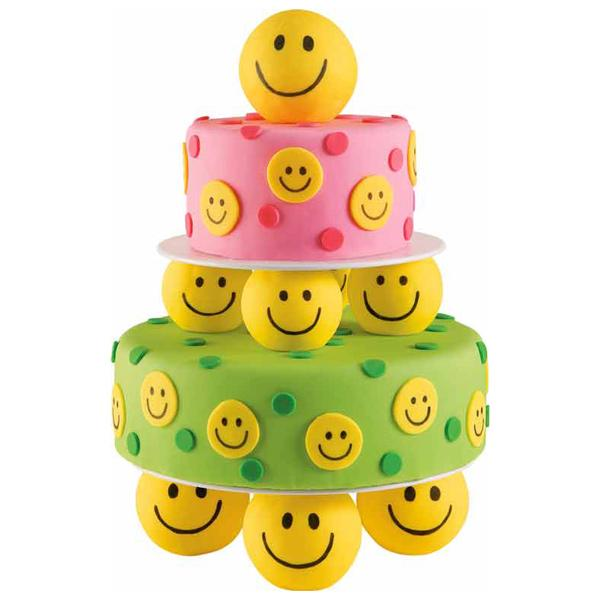 Cecile Blog Spot Piles Of Smiles Cake