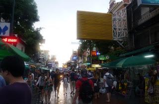 Khaosan o Khao San Road de Bangkok.