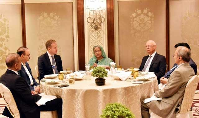 বাংলাদেশে উদার বিনিয়োগের পরিবেশ রয়েছে প্রধানমন্ত্রী শেখ হাসিনা