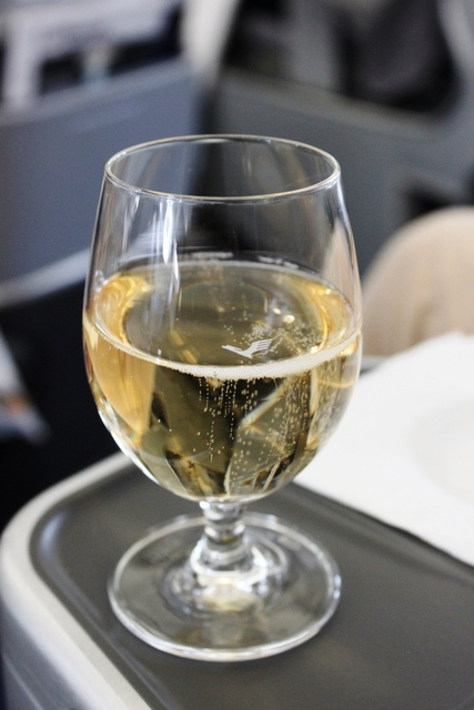 how to fly with wine in luggage