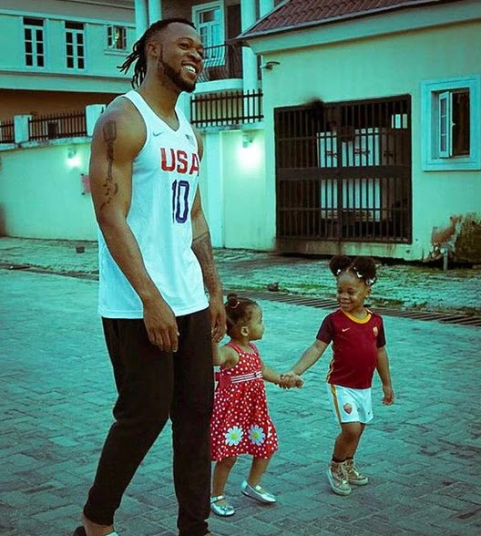 Flavour Post Cute Pictures With His Kids - Bofem NG