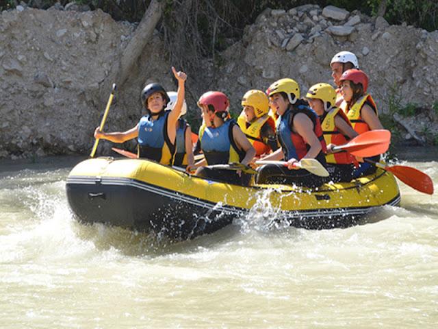 rafting-malaga-groups-malagatrips