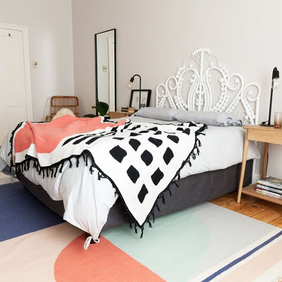 Safari Fusion blog | Living coral | Pantone Color of the Year 2019 | Hello Sunshine Throw by Something Good Studio, South Africa