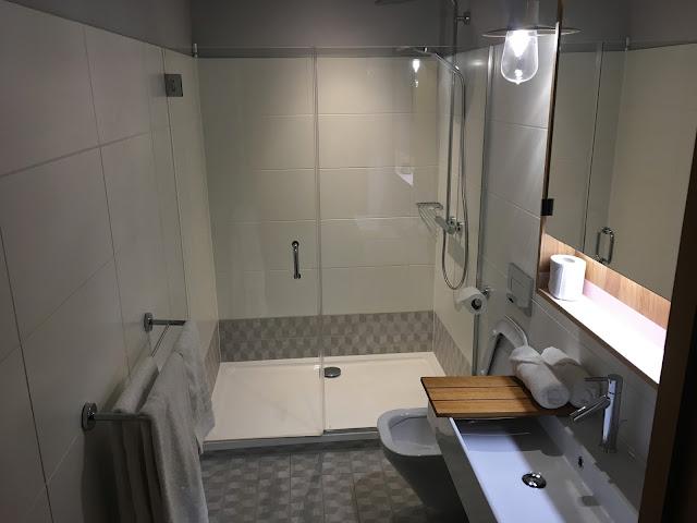 Eden Locke - studio bathroom and shower
