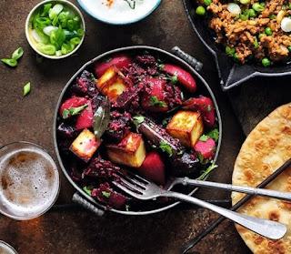 recipe-beetroot-paneer-curry