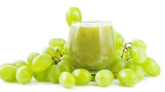 طريقة إعداد عصير العنب الطازج