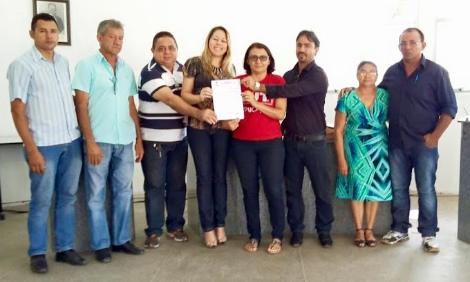 Professores de Tamboril, Antonina do Norte, Várzea Alegre, Granja, Guaiuba e Apuiarés conquistam reajuste