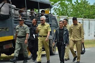 <b>Sikapi Keluhan Petani Bawang, Wabup Utus Kadis Pertanian dan Kabag Ekonomi Ketemu Tim Ekonomi Jokowi</b>