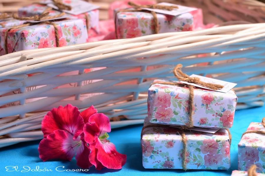Detalles para comuniones jabones naturales artesanales
