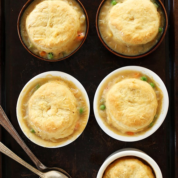 1-HOUR VEGAN POT PIES #vegetarian #potpie