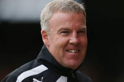 Kenny Jackett working with Spurs youth