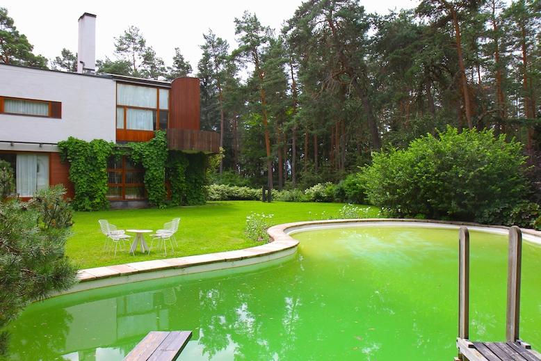 Alvar aalto 39 s architecture villa mairea for Alvar aalto swimming pool jyvaskyla