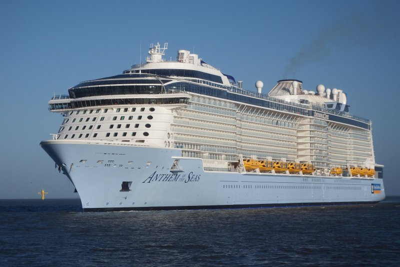 Royal Caribbean Ships Delayed by Jonas