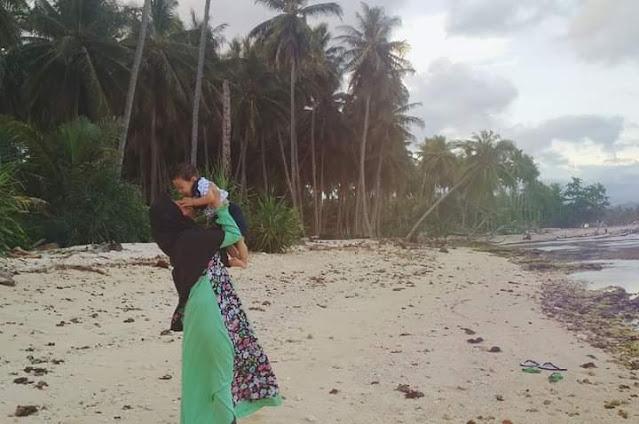 Pantai Cukoh di Desa Pasar Lama