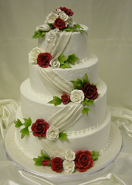wedding cake with ribbon loverose juli 2012 26957