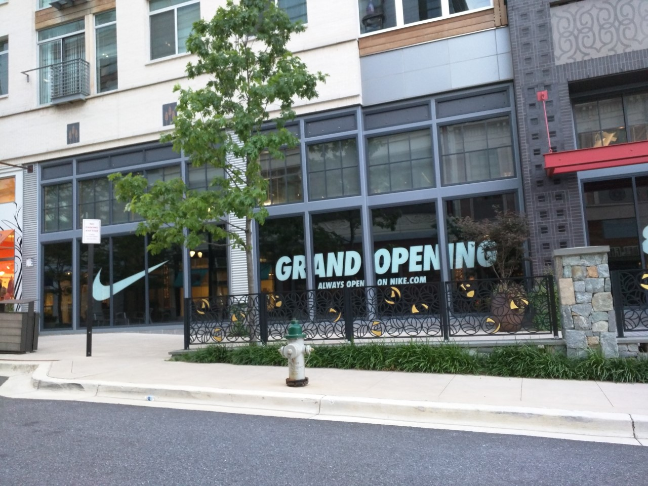 Robert Dyer   Bethesda Row  Nike Factory Store sets opening date at ... 895361ae05