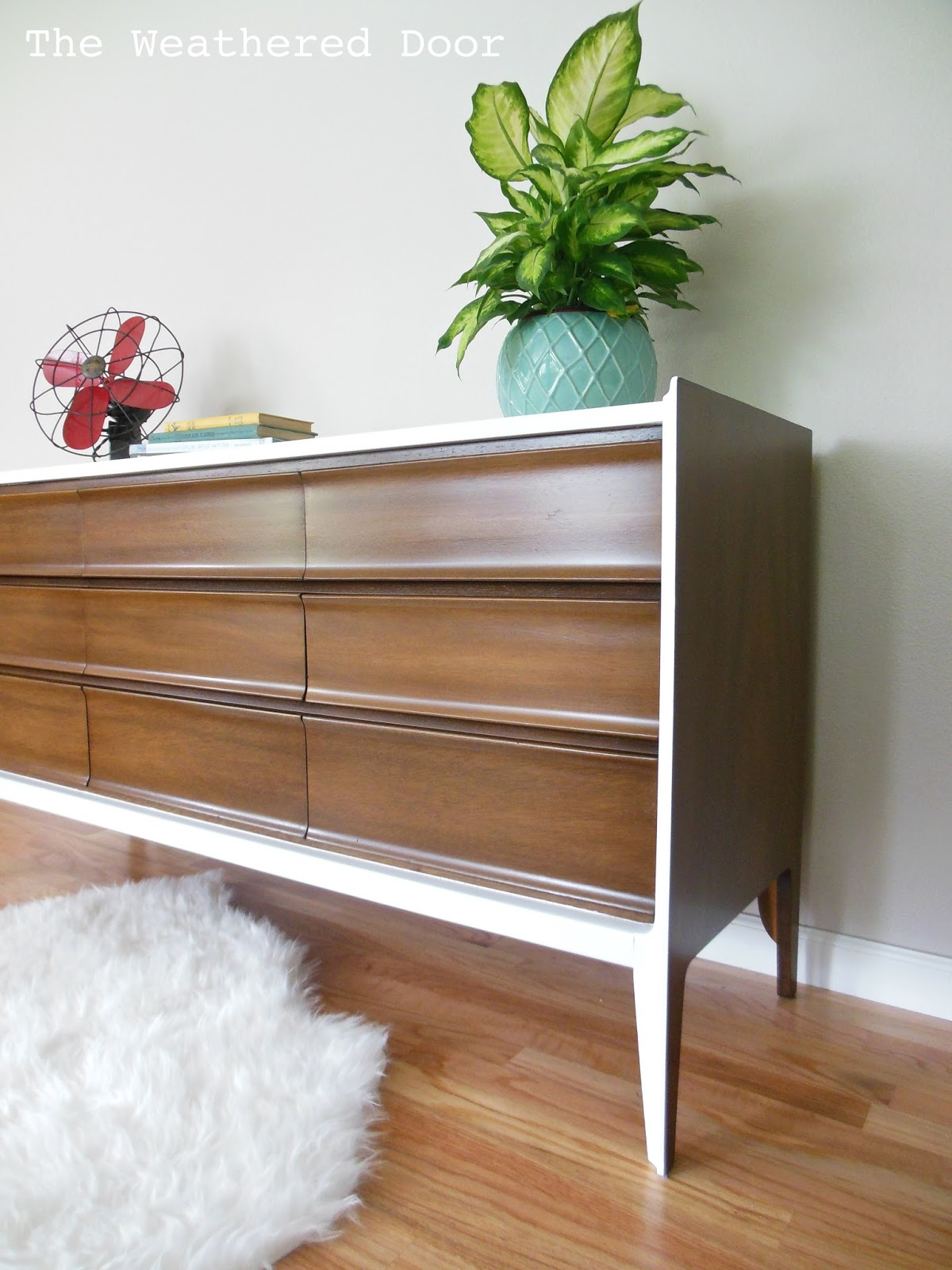 Ahh The Clean Lines Of Mid Century Pieces Are Just So Great I Picked This One Up From A Garage Along With Matching Nightstand Still Have To