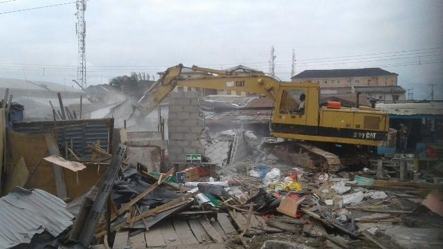 Lagos State government demolishes Igbara Market, Lekki