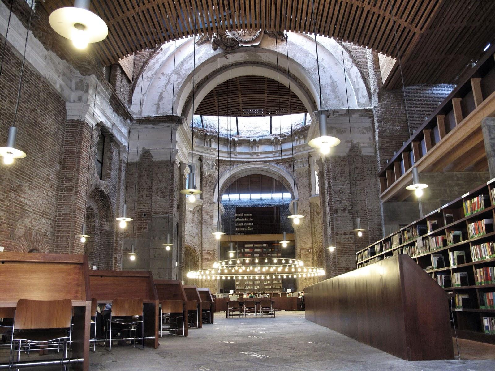 Viviendo del cuento dentro de la biblioteca for Biblioteca iglesia madrid