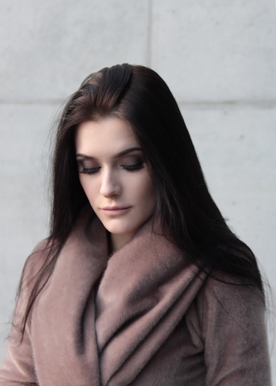 portret l twarz l makijaż l stylizacja l szycie l fur coat