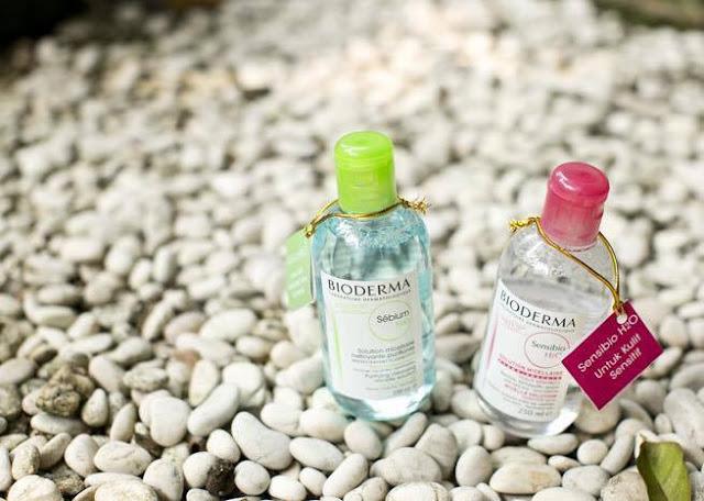 Review | Nước tẩy trang Bioderma Crealine màu Hồng và Sebium màu xanh, bioderma, tẩy trang bioderma, nước tẩy trang, biore, bioderma xanh
