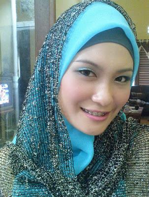 Nonton Bokep Indo Wanita Jilbab Di Kobel Pakai Pistol