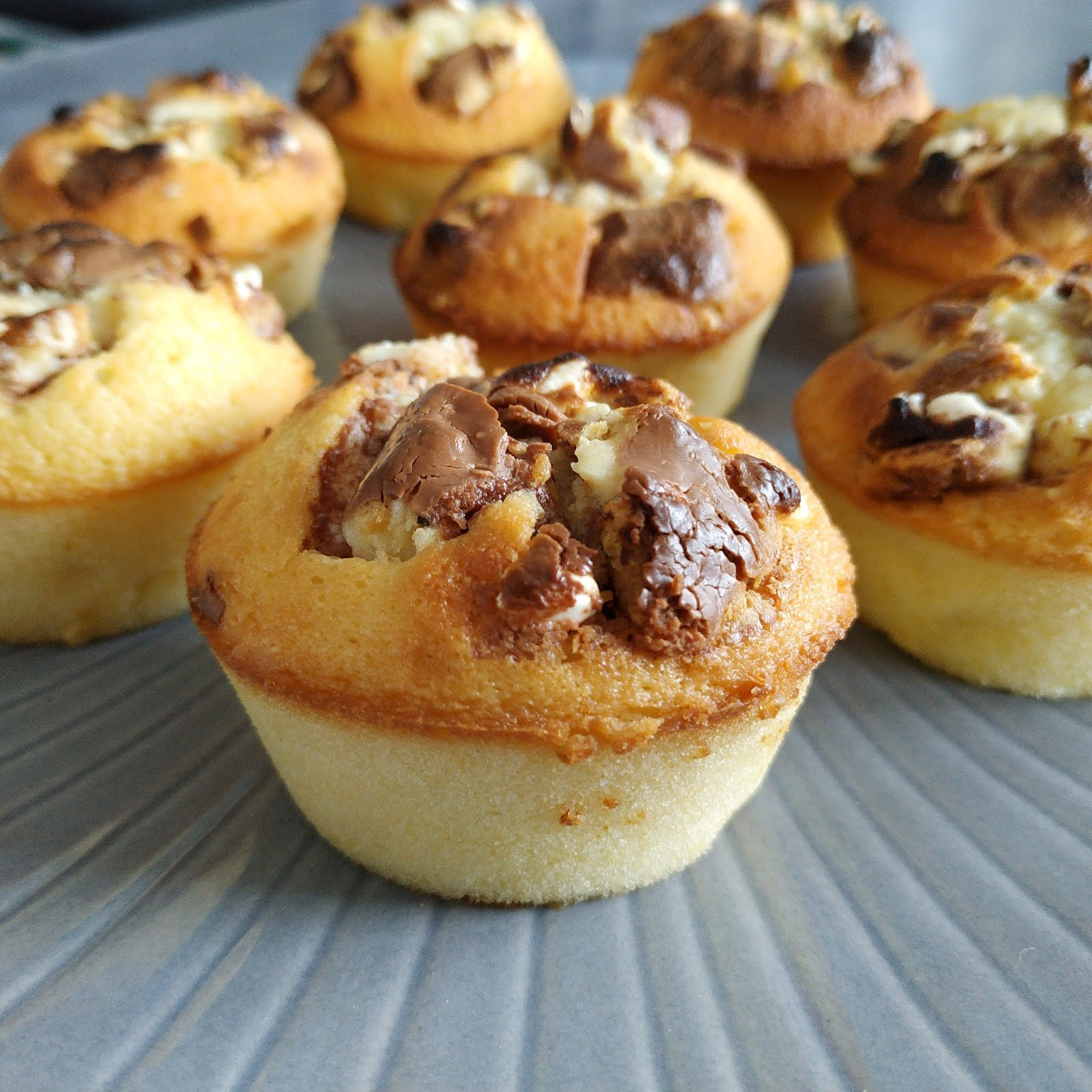 Muffins Kinder Country Fondant Au Chocolat Blanc Et Kinder Country