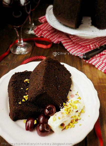 Chocolate Chiffon Cake (resep oke Chiffon kek coklat !!)   Çitra's Home Diary. #chocolatechiffon #chiffoncakerecipe #chocolatecake #bestchiffoncakerecipe #resepchiffoncake #valentinebakingidea