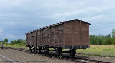 Wagon kryty