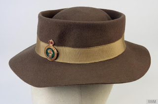 http://www.iwm.org.uk/collections/item/object/30090744?cat=uniforms%2520and%2520insignia