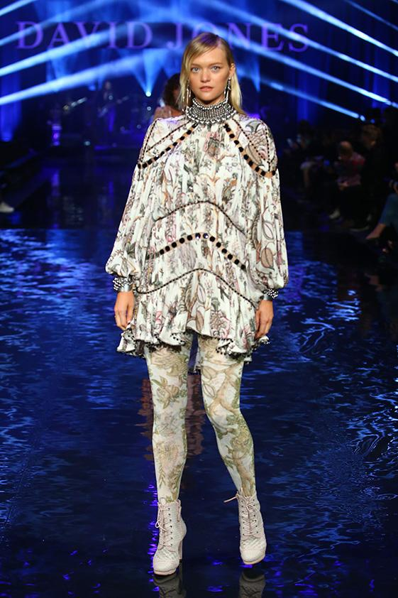 Gemma Ward Walks for David Jones, Discusses Pregnancy