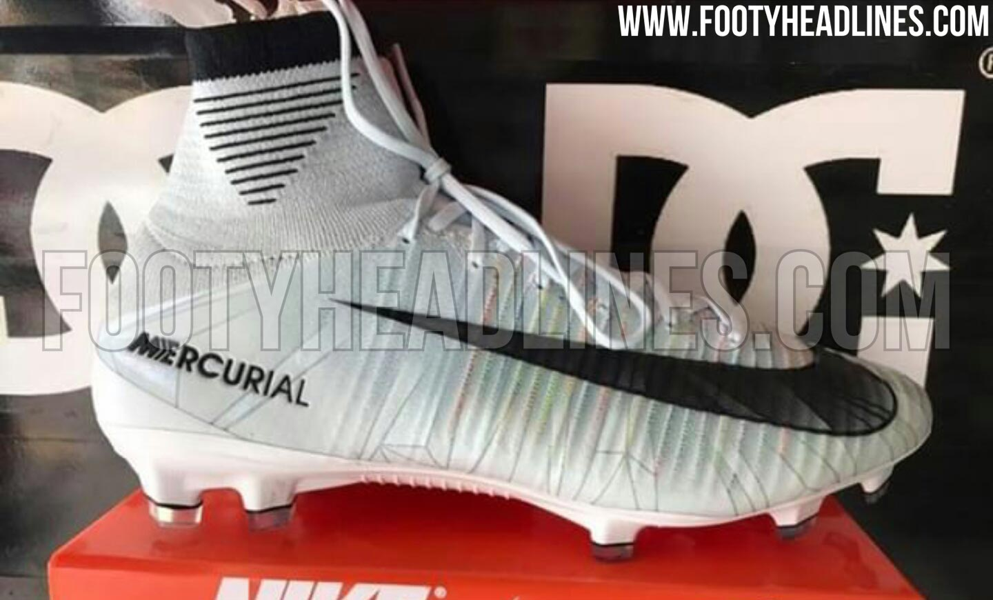 ... CR7 Chapter 5 Cut To Brilliance ... nike womens mercurial superfly nike  has chosen blue tint as the base color . f38c5e7db