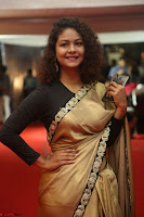 Aditi Myakal look super cute in saree at Mirchi Music Awards South 2017 ~  Exclusive Celebrities Galleries 011.JPG