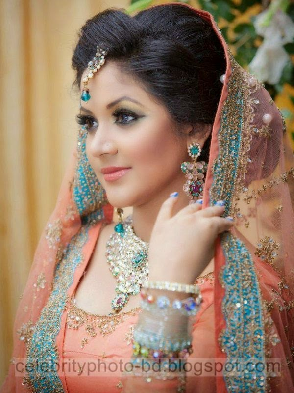 Superb Bangladeshi Dream Hot Model Srabonti Kar Urmila's Best HD Photos Collection 2014-2015
