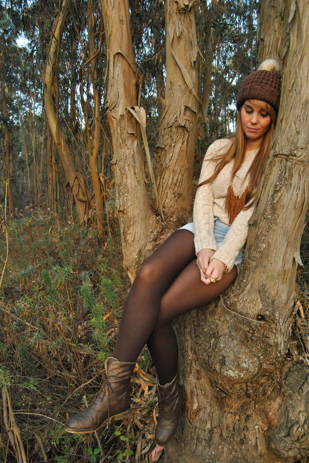 nery hdez, winter look , beany, mustang boots