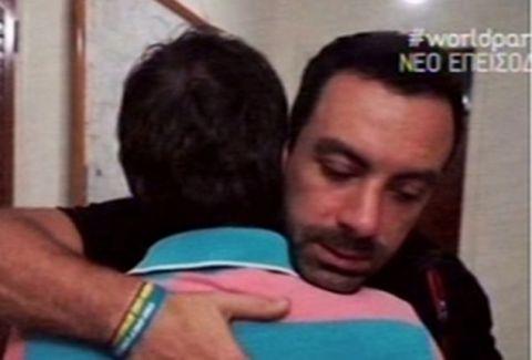 """Ράγισαν καρδιές στο """"World Party"""": Ο Σάκης Τανιμανίδης συνάντησε τον αδελφό του σε παραγκούπολη στην Αφρική!"""