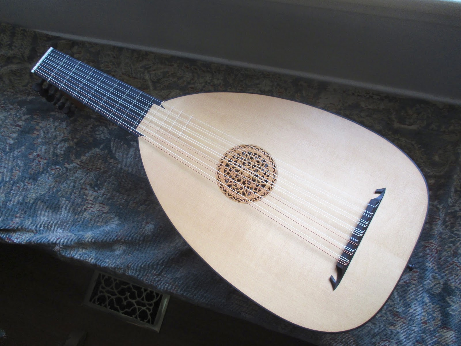 how to build a lute